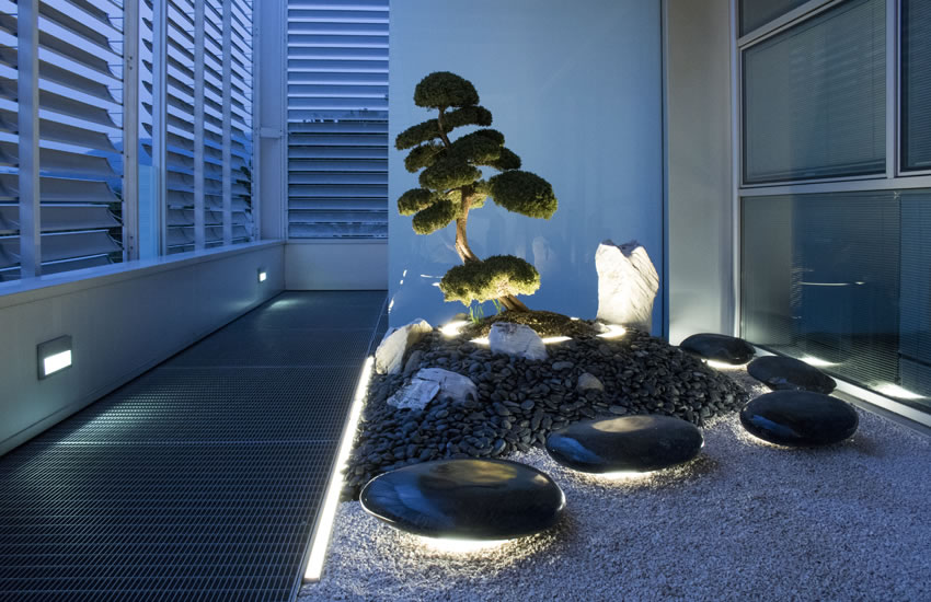 THE ZEN GARDENS AT SIMES